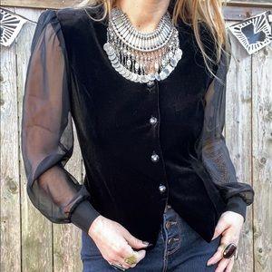 • v i n t a g e • velvet blouse